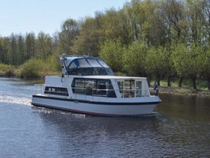 Charter Motorboat  Safari Houseboat 1050 D Brandenburg