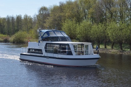 Charter Motorboat Safari 1050 D Brandenburg