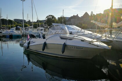 Rental Motorboat Quicksilver 555 walkaround Thonon-les-Bains