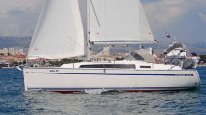 Rental Sailboat Bavaria Yachtbau Cruiser 34 Split