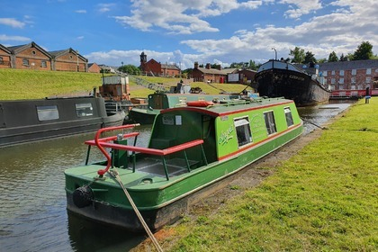 Miete Motorboot custom narrowboat 34ft Staffordshire