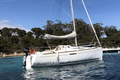 Charter Sailboat Beneteau First 21.7 Cannes