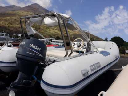 Location Semi-rigide Mistral 560 Stromboli