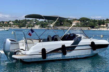 Hire Motorboat BENETEAU Flyer 7.7 Antibes