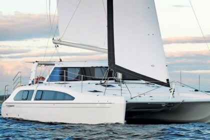 Charter Catamaran Seawind 1260 Saint Vincent and the Grenadines