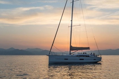 Hire Sailboat DUFOUR 460 Grand Large Kaštel Gomilica