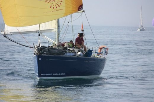 Charter sailboat in Flamanville peer-to-peer