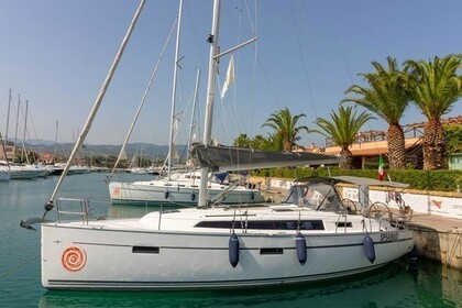 Charter Sailboat BAVARIA CRUISER 37 Furnari