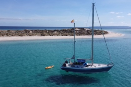 Hire Sailboat North Wind 40 Formentera