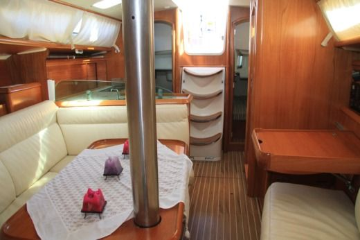 Sailboat Jeanneau Sun Odyssey 35 for rental