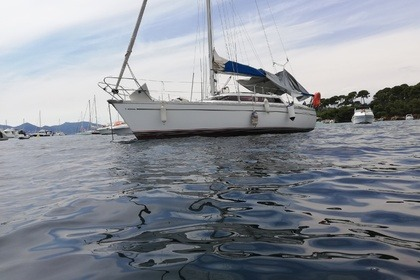 Charter Sailboat Jeanneau Sun Dream 28 St-Laurent-du-Var