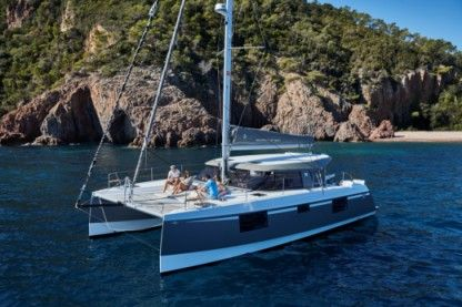 Rental Catamaran Nautitech 40 Open Rivière Noire District