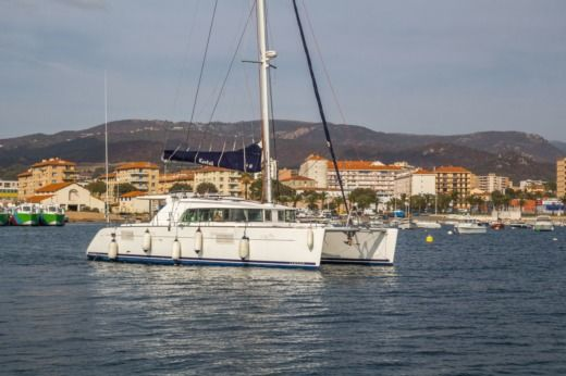 Lagoon 440 in Ajaccio for hire