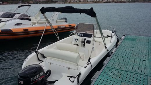 Fisher 17 in Pag for hire