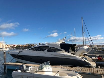 Rental Motorboat Azimut Atlantis 55 Agde