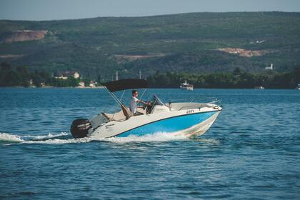 Hire Motorboat Quicksilver Activ 555 Open Tivar