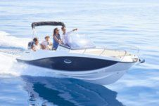 Quicksilver Activ 675 Sundeck in Kos for hire