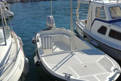 Charter Motorboat Betina 500 Open Milna