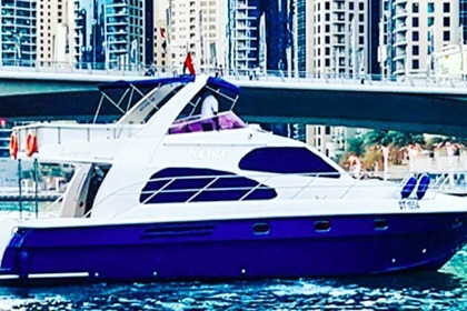 Hire Motorboat Majesty 64 Dubai
