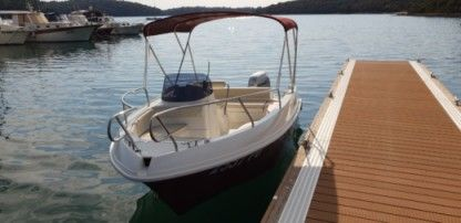 Rental Motorboat Quicksilver 5.30 Open Pula
