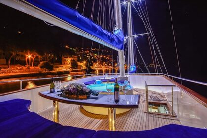 Rental Sailing yacht Custom Made Gulet Saint Luca Kaštel Gomilica
