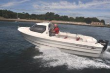 Motorboat Smartliner 21 Cuddy for rental
