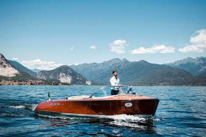 Rental Motorboat RIVA SUPER ARISTON Pallanza
