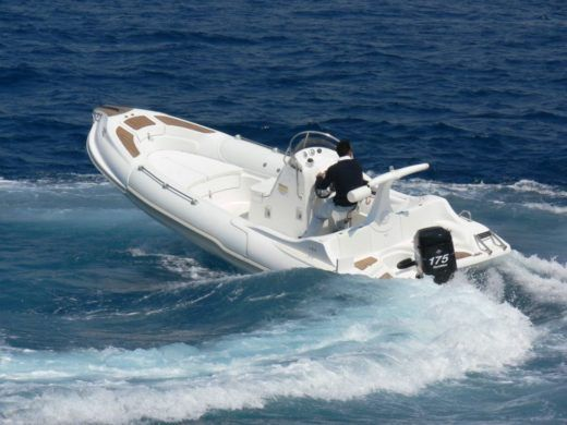 Mostro Family 650 in Corfu for hire