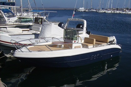 Rental Motorboat CAPELLI 18