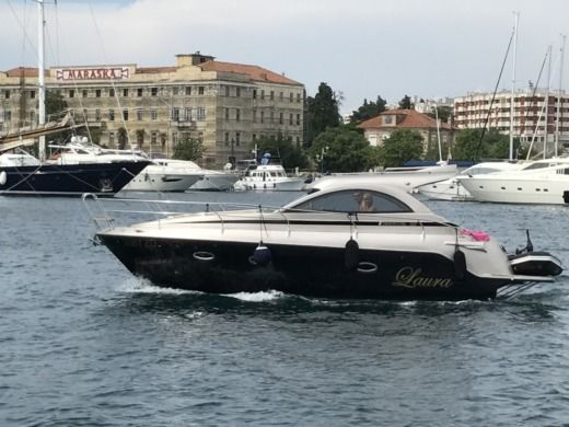 Motorboat Grginic Yachting Mirakul 30 Ht for rental