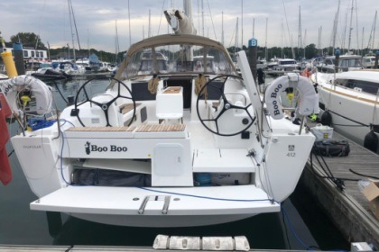 Hire Sailboat Dufour 412 Hamble-le-Rice