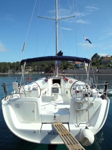 Sailboat Beneteau Cyclades 50.5 Volga for hire