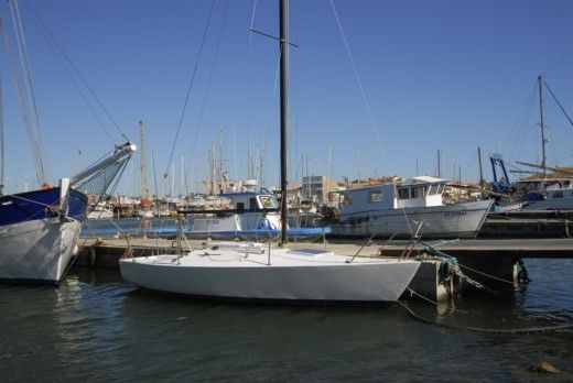 Westerly Marine J24 in Le Grau-du-Roi peer-to-peer