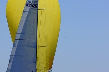 Rental Sailboat BENETEAU FIRST 31.7 Saint-Gilles-Croix-de-Vie
