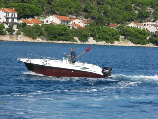 Motorboat Reful Flyer 22 Open for rental