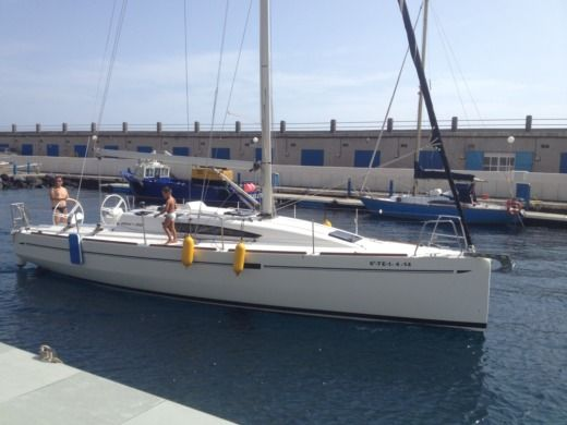 ELAN YACHT 350 DK in Tenerife for hire