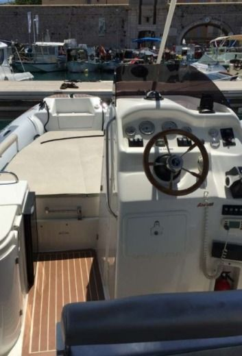 Location Semi-rigide Overboat Lord 23 Antibes