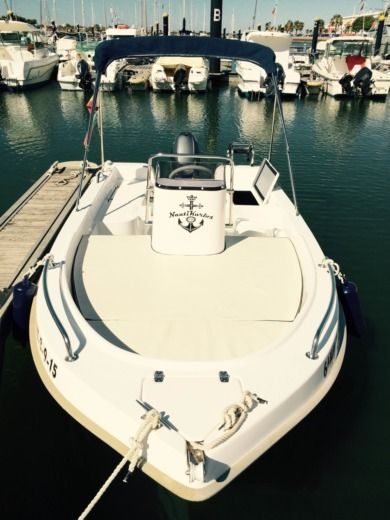 Charter motorboat in Ayamonte, Huelva peer-to-peer