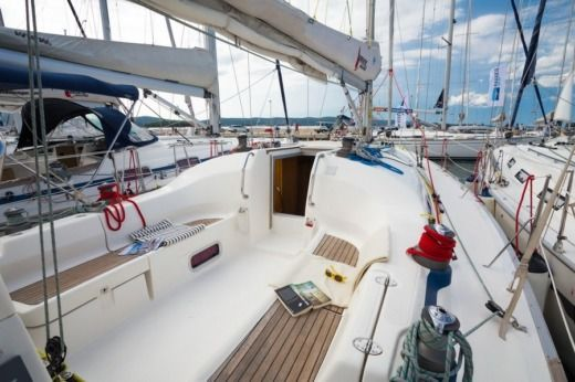 Sailboat Bavaria 42 Match for hire
