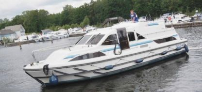 Rental Houseboat Peniche Clipper Carrick-On-Shannon
