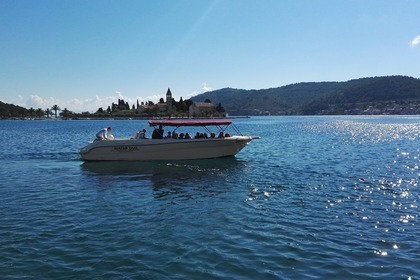 Rental Motorboat Enzo 35 Vis