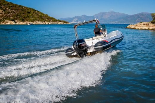 RIB ITALBOATS Predator 650 TS for hire