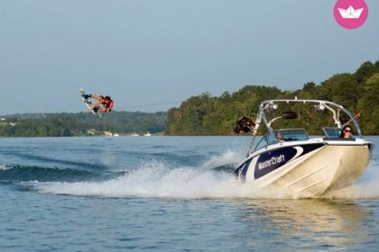 Charter Motorboat MASTERCRAFT X2 Page