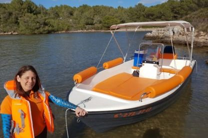 Charter Motorboat Poliester Yatch 430 Port d'Addaia