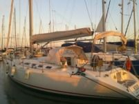 Sailboat Velero Fortuna for hire