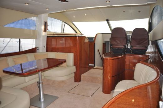 Lancha Fairline Phantom 50