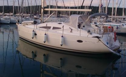 Charter Sailboat Elan Impression 384 Pula