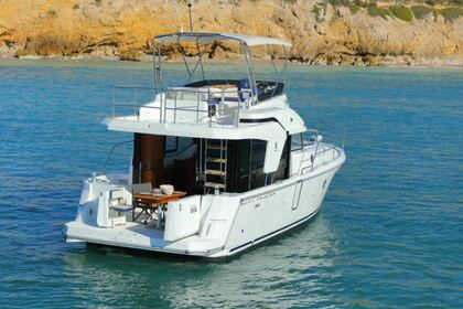 Hire Motorboat BENETEAU Swift Trawler 35 Carnon