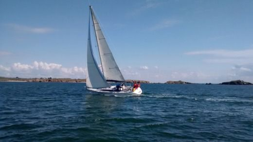 Sailboat GIBERT MARINE GIBSEA 92 for hire