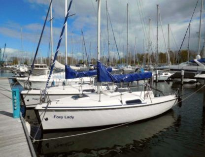 Charter Sailboat Fox 22 Kortgene